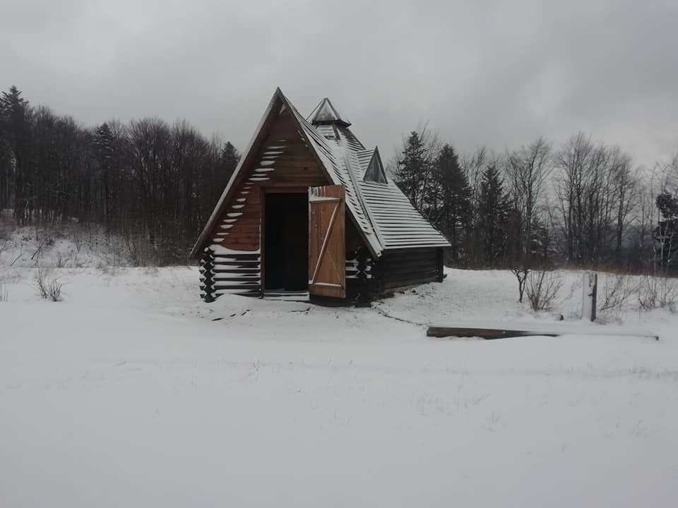 На Закарпатті на Ужоцькому перевалі випав сніг (ФОТО), фото-3