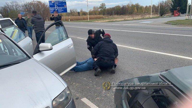 Ужгородський суд залишив під вартою наркокур'єра міжрегіонального злочинного угруповання, фото-1