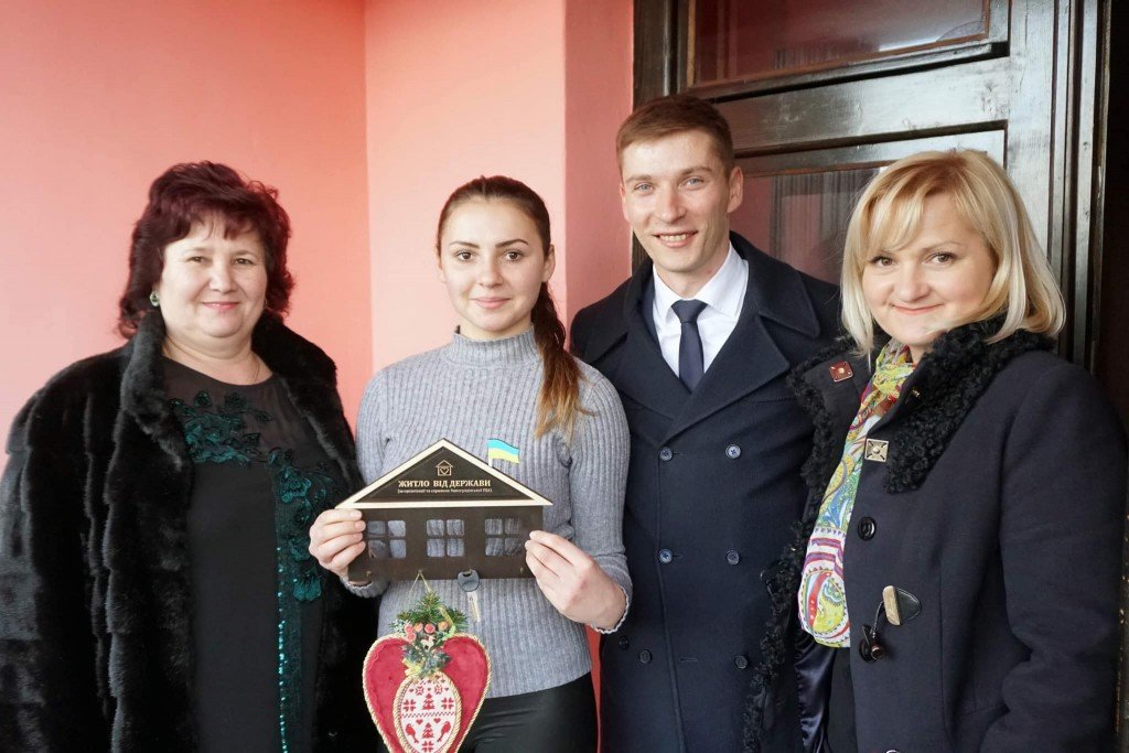 Новорічний подарунок: закарпатка отримала від держави власне житло (ФОТО), фото-1