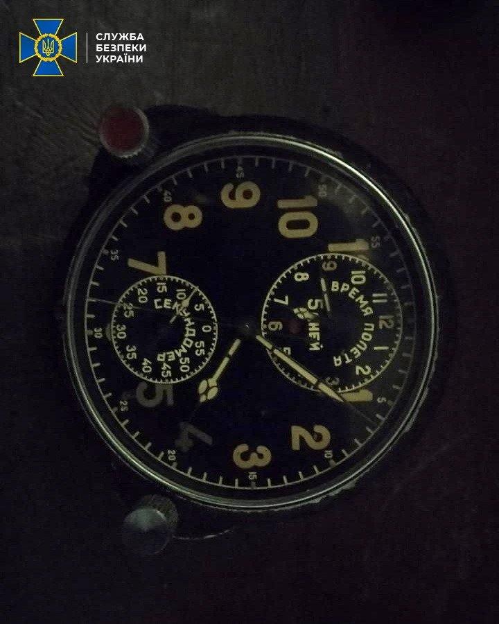 На Закарпатті СБУ завадила незаконному вивезенню з України радіоактивних військових авіагодинників (ФОТО), фото-1