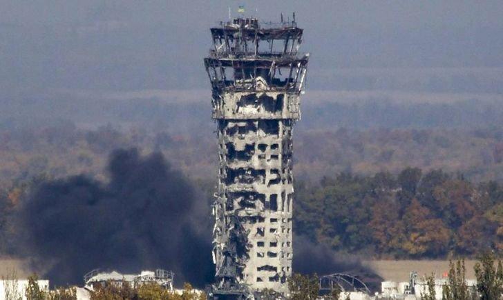 Кіборги витримали, не витримав бетон: сьогодні 5-та річниця падіння вежі Донецького аеропорту (ФОТО), фото-1