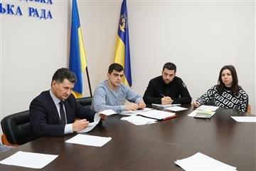 """Міська рада """"штрафує"""" : ужгородцям виписали 13 протоколів про правопорушення, фото-2"""