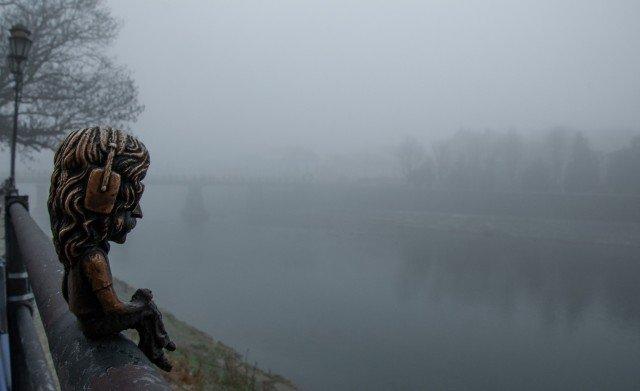Фото дня: таємничий Ужгород у полоні туману, фото-12