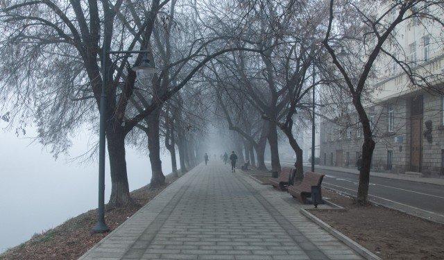 Фото дня: таємничий Ужгород у полоні туману, фото-13