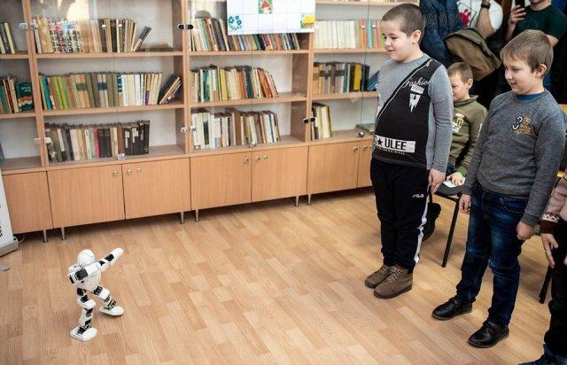 """""""RobiPro"""" - закарпатські дітлахи вчитимуться робототехніки (ФОТО), фото-1"""