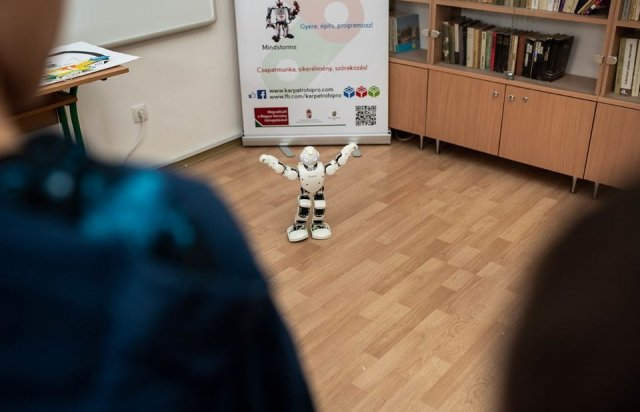 """""""RobiPro"""" - закарпатські дітлахи вчитимуться робототехніки (ФОТО), фото-2"""