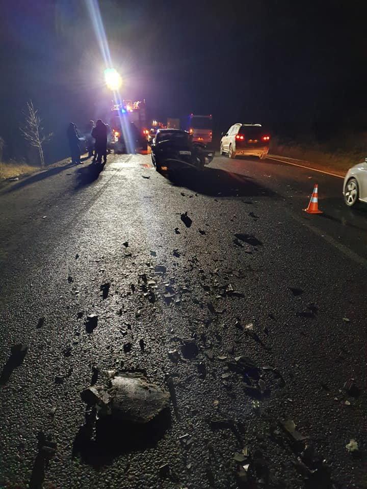 9 закарпатців, серед них 2 дітей, постраждали у лобовому зіткненні двох авто (ФОТО), фото-2