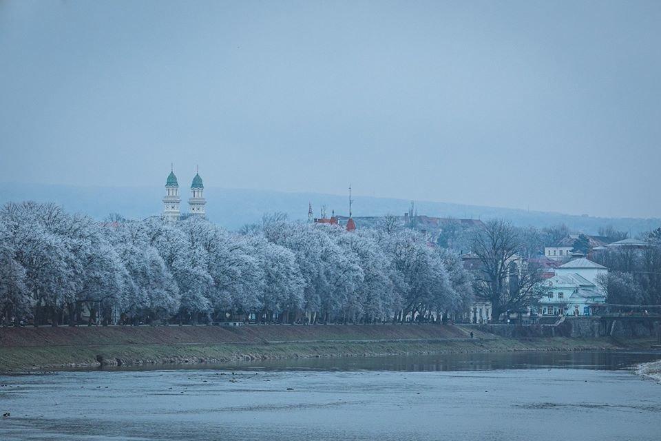 """Фото дня: як виглядає Ужгород у """"сріблі"""", фото-1"""