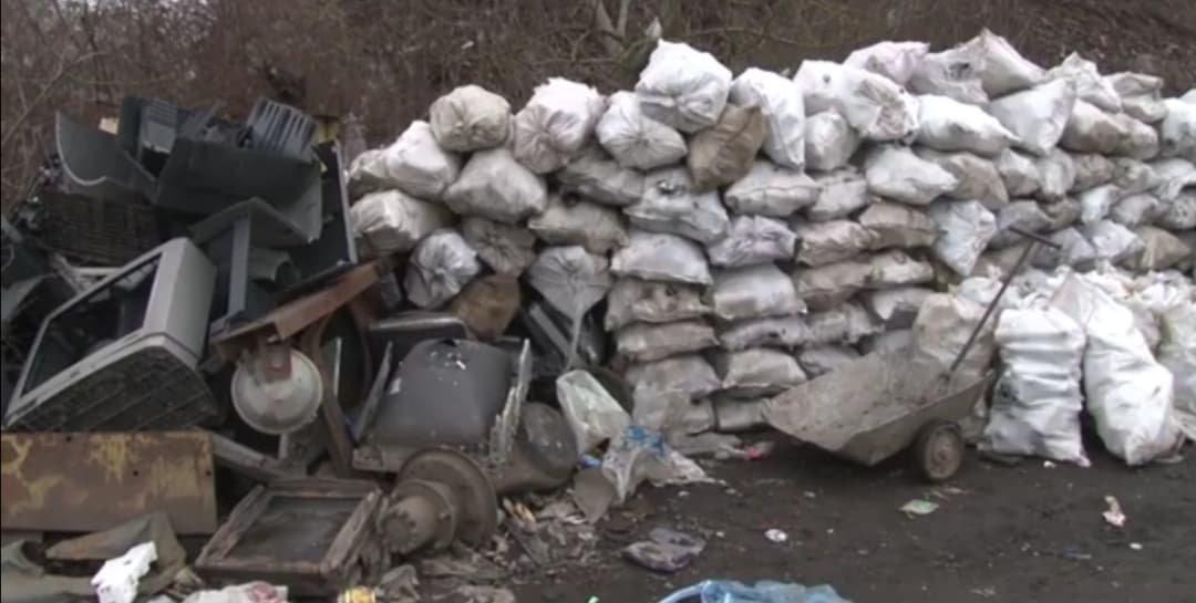 У смітті: жителям Перечинської ОТГ нема куди дівати відходи (ВІДЕО), фото-1