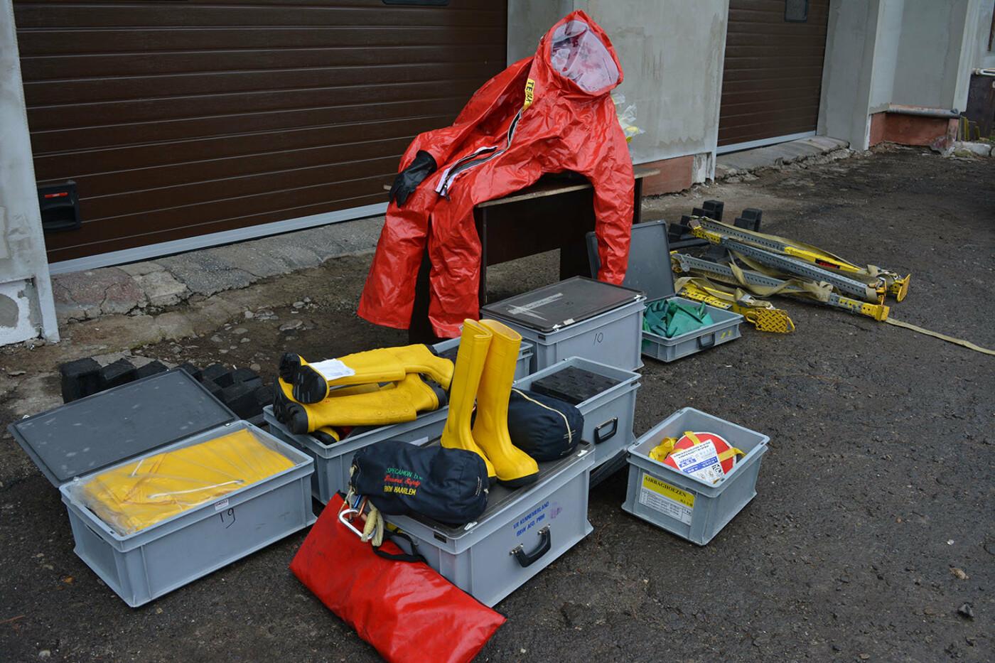 Допомога Нідерландів: ужгородські рятувальники отримали обладнання та спорядження європейського взірця, фото-2
