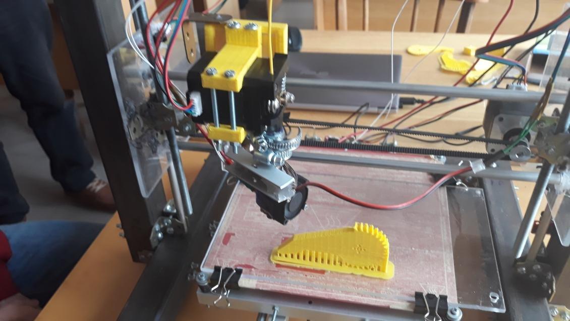 Ужгородські студенти створили власний 3D-принтер (ФОТО), фото-3