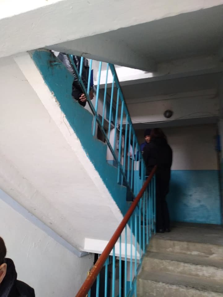 Свавілля колекторів в Ужгороді: поліція прокоментувала насильницьке виселення пенсіонерки (ФОТО), фото-1