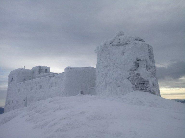 Сніг та вітер: на горі Піп Іван панує справжня зима (ФОТОФАКТ), фото-1