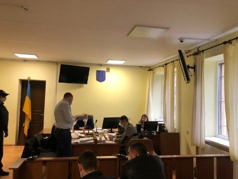В Ужгороді обирають запобіжний захід Євгену Дребітку, затриманому за вимагання та хуліганство (ФОТО), фото-1
