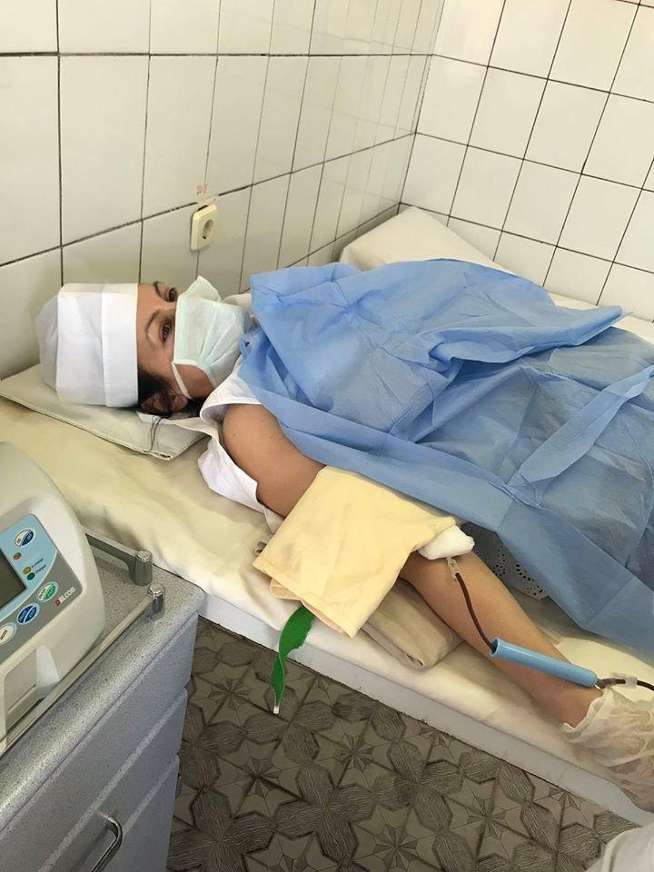 Через карантин закарпатські медики самі здають кров аби врятувати пацієнтів (ФОТО), фото-1