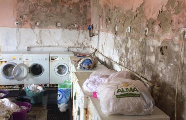 Іржа, пліснява та гнилі труби: стан пральні Хустської лікарні приголомшує (ФОТО), фото-5