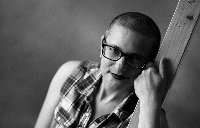Закарпатка повністю зістригла волосся, щоб передати його на перуки онкохворим дітям, фото-1