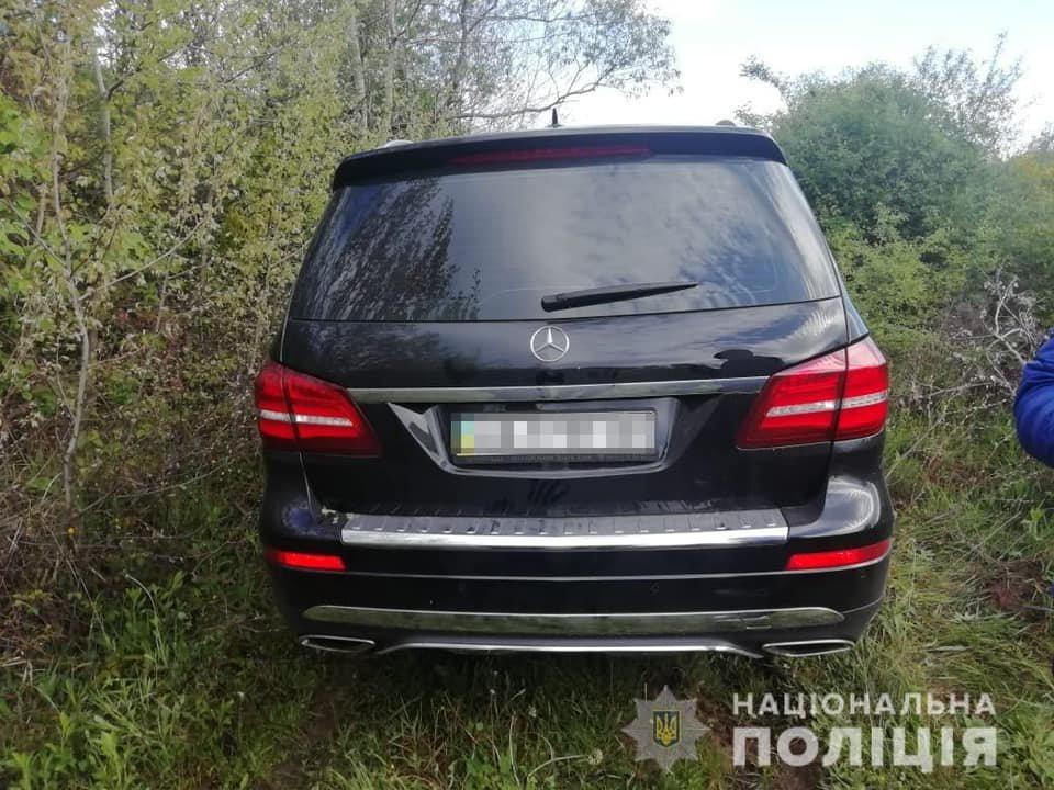 Проникли до будинку, вкрали готівку та елітний Mercedes GLS: на Закарпатті сталося гучне пограбування (ФОТО), фото-5