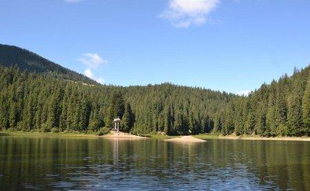Проїзд забронено: у вихідні дні дістатися до озера Синевир можна лише пішки (ФОТО), фото-3
