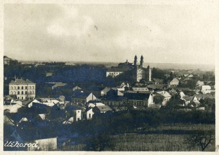 Чорно-біле минуле ужгородських вулиць: у мережі з'явилися старі фотографії міста (ФОТО), фото-1