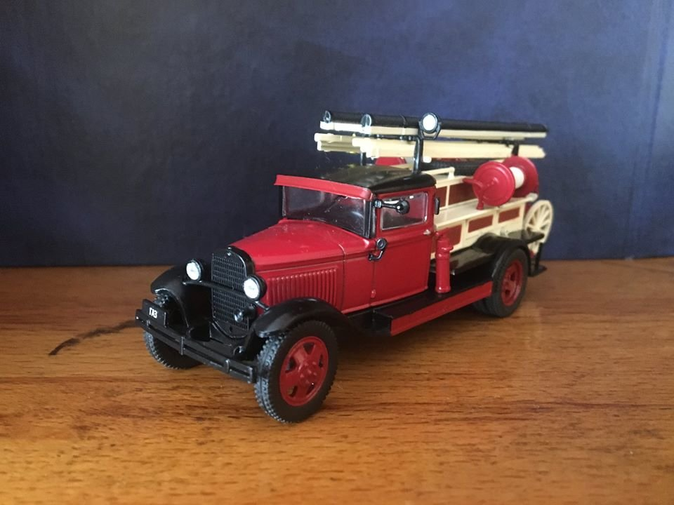 Пожежна частина вдома: закарпатець зібрав цілий автопарк мінікопій машин «101» (ФОТО), фото-3