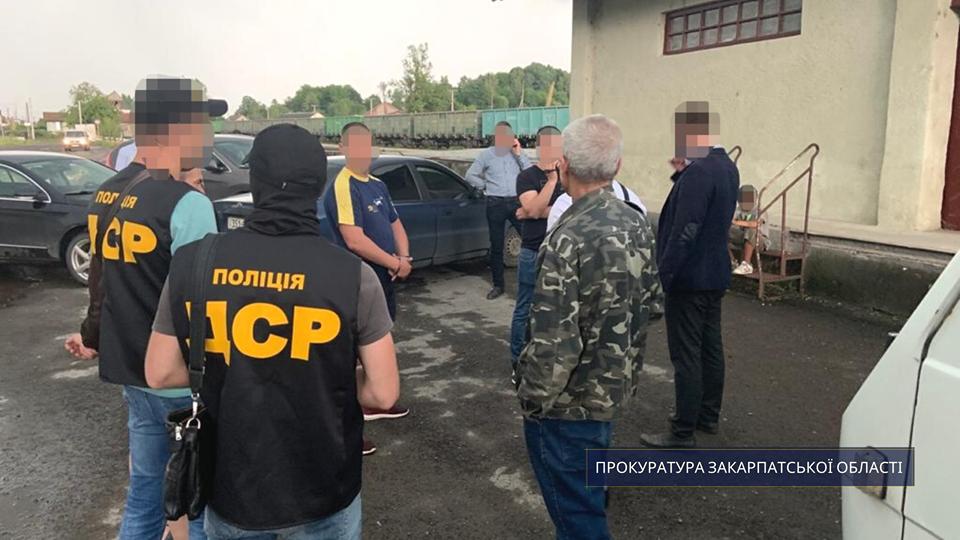 На Закарпатті правоохоронці затримали «рекетира» (ФОТО), фото-4
