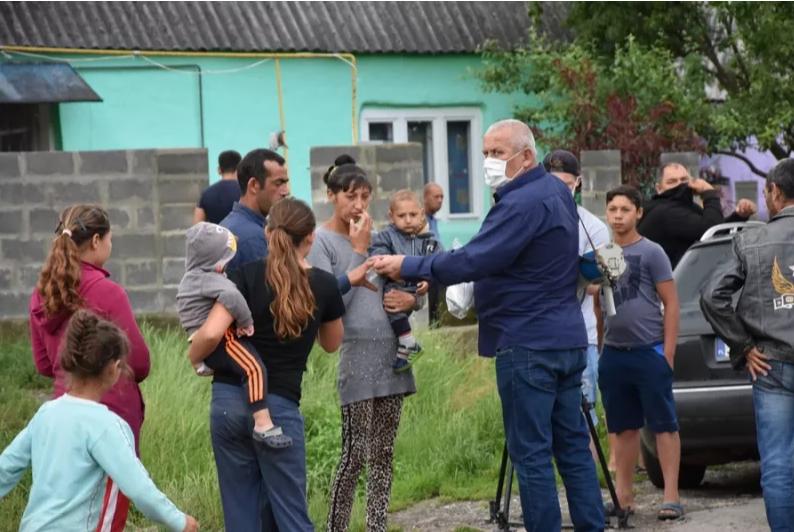 На Закарпатті у ромському таборі виявили коронавірус, фото-6