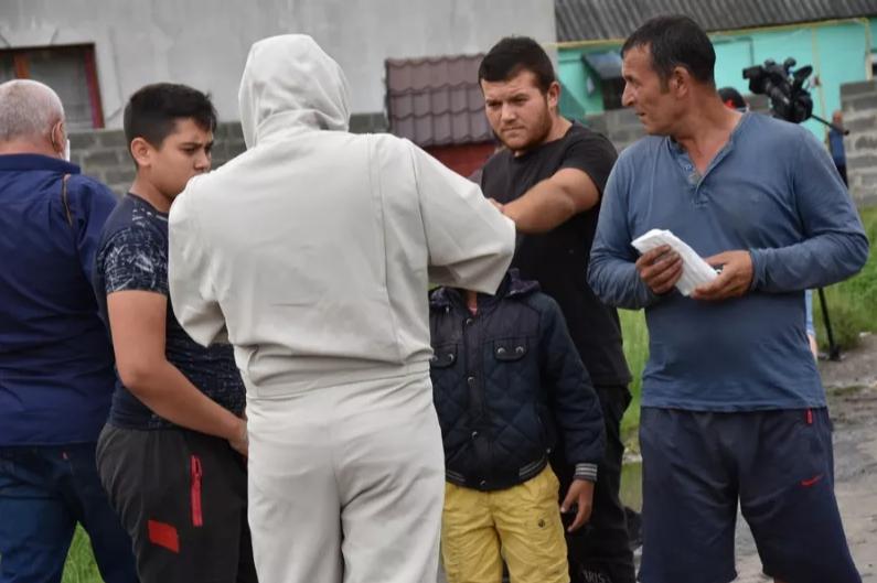 На Закарпатті у ромському таборі виявили коронавірус, фото-5