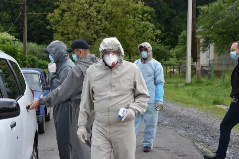 На Закарпатті у ромському таборі виявили коронавірус, фото-2