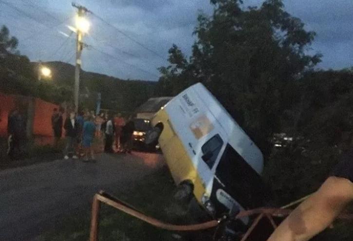 Внаслідок ДТП 200 будинків у закарпатському селі залишились без газопостачання (ФОТО), фото-1