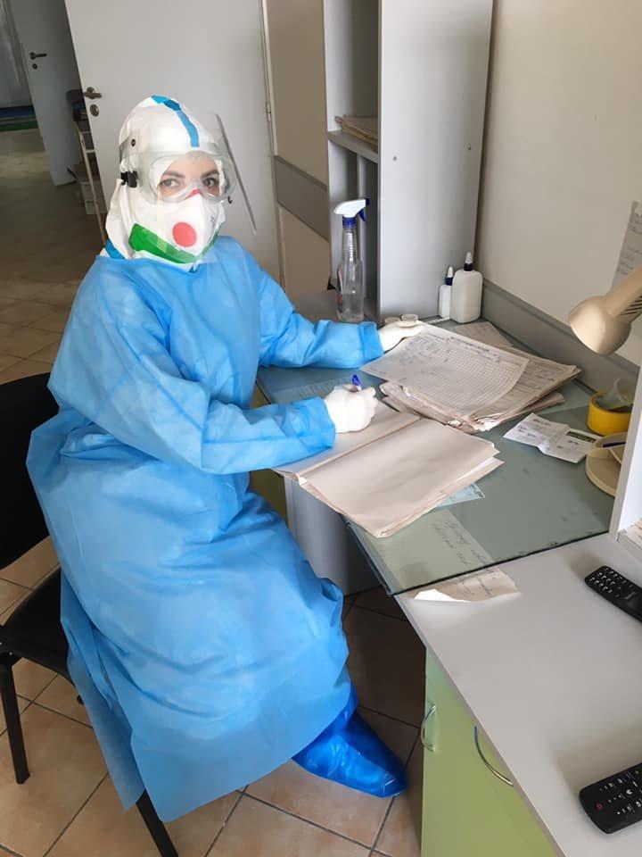 """""""Важко дихати, рухатися, а треба надавати допомогу"""" : закарпатська лікарка розповіла про роботу з хворими на COVID-19 (ФОТО), фото-4"""