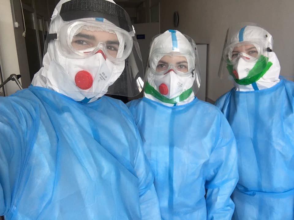 """""""Важко дихати, рухатися, а треба надавати допомогу"""" : закарпатська лікарка розповіла про роботу з хворими на COVID-19 (ФОТО), фото-1"""