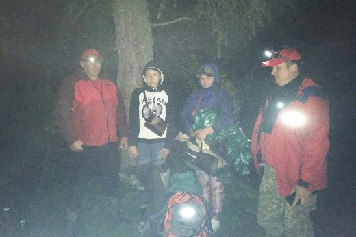 Закарпатські рятувальники двічі за добу допомагали туристам в Карпатах (ФОТО), фото-2