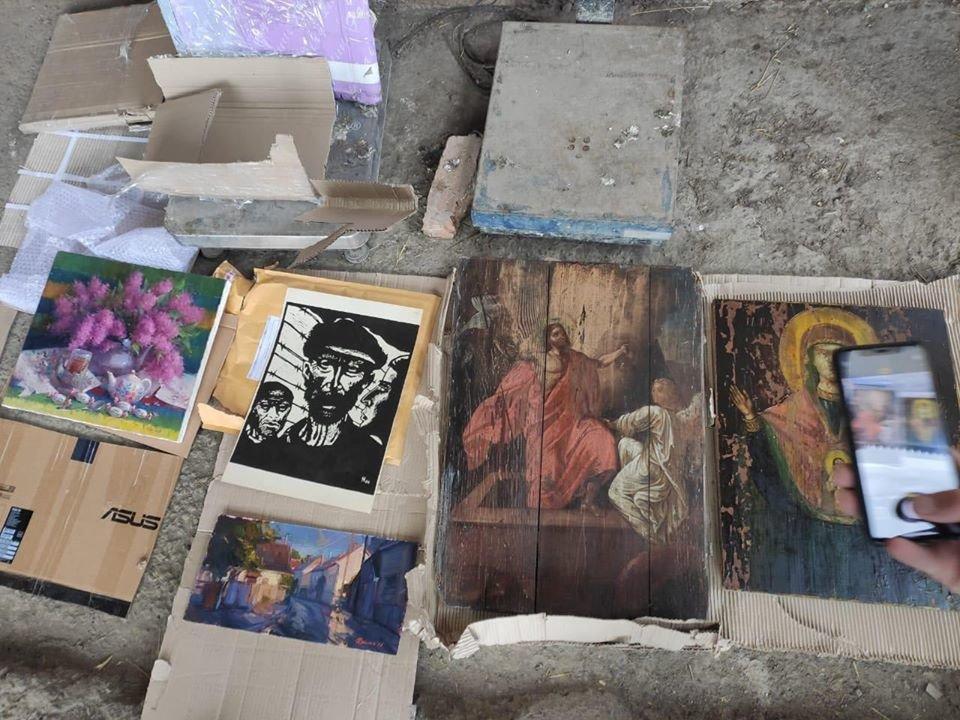 Старовинні ікони та картини намагалися вивезти в Європу через кордон на Закарпатті, фото-1