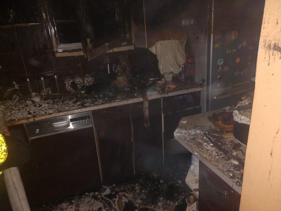 На Закарпатті під час пожежі ледь не загинув чоловік (ФОТО), фото-2
