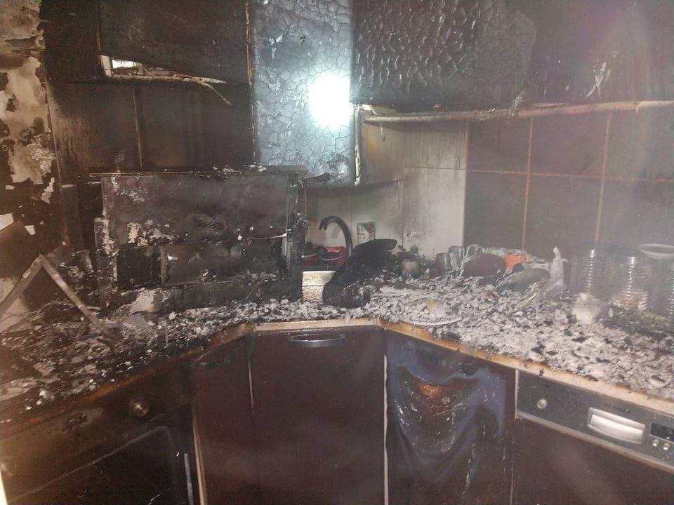 На Закарпатті під час пожежі ледь не загинув чоловік (ФОТО), фото-1