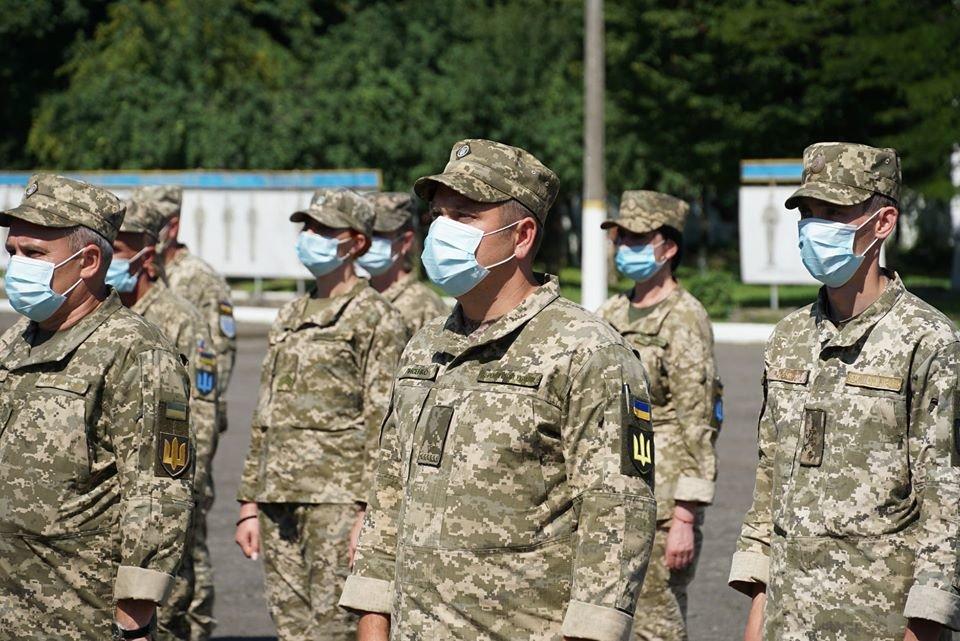 В Ужгороді вітали з поверненням бійців 128-ї окремої гірсько-штурмової Закарпатської бригади (ФОТО), фото-6
