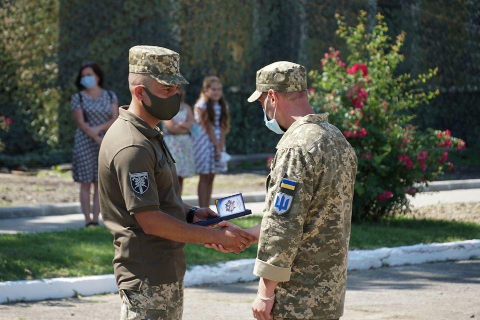 В Ужгороді вітали з поверненням бійців 128-ї окремої гірсько-штурмової Закарпатської бригади (ФОТО), фото-4