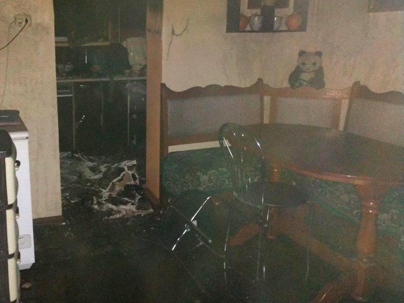 Знепритомнів: вогнеборці врятували 68-річного закарпатця, який потрапив у вогняну пастку (ФОТО), фото-4