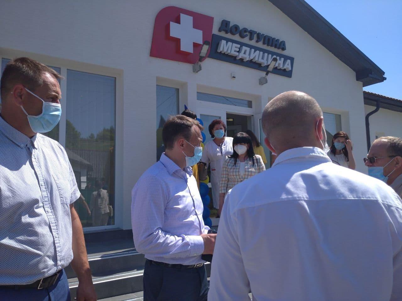 Голова Закарпатської ОДА відкрив три нові амбулаторії на Закарпатті (ВІДЕО), фото-11