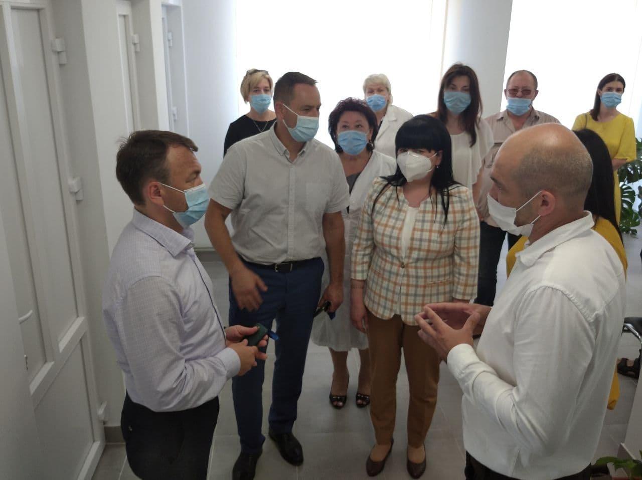 Голова Закарпатської ОДА відкрив три нові амбулаторії на Закарпатті (ВІДЕО), фото-1