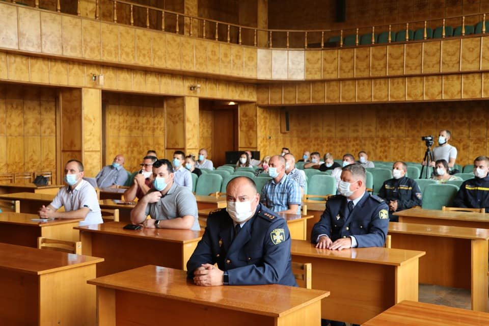 Голова Закарпатської ОДА Олексій Петров представив в.о. голови Хустської РДА, фото-4