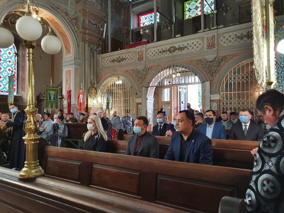 В Ужгороді розпочалось прощання з покійним Владикою Міланом Шашіком (ФОТО), фото-2