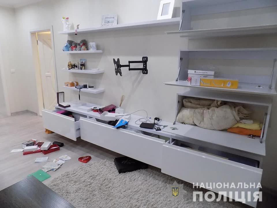 В Ужгороді викрили групу квартирних крадіїв (ФОТО), фото-1