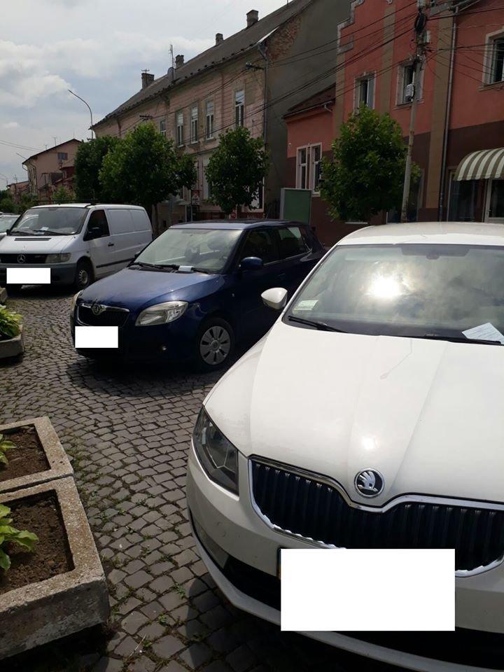 Понад 30 повідомлень про порушення правил паркування складено у Мукачеві за вихідні (ФОТО), фото-4