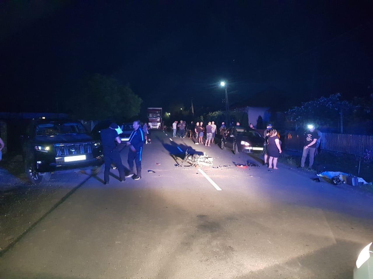 На Закарпатті депутат збив мотоцикліста. Від отриманих травм хлопець помер, -  ЗМІ (ФОТО), фото-1
