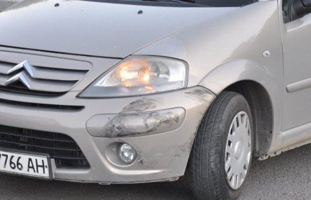 ДТП на об'їзній дорозі Ужгорода: зіткнулися Mercedes та Citroen (ФОТО), фото-3