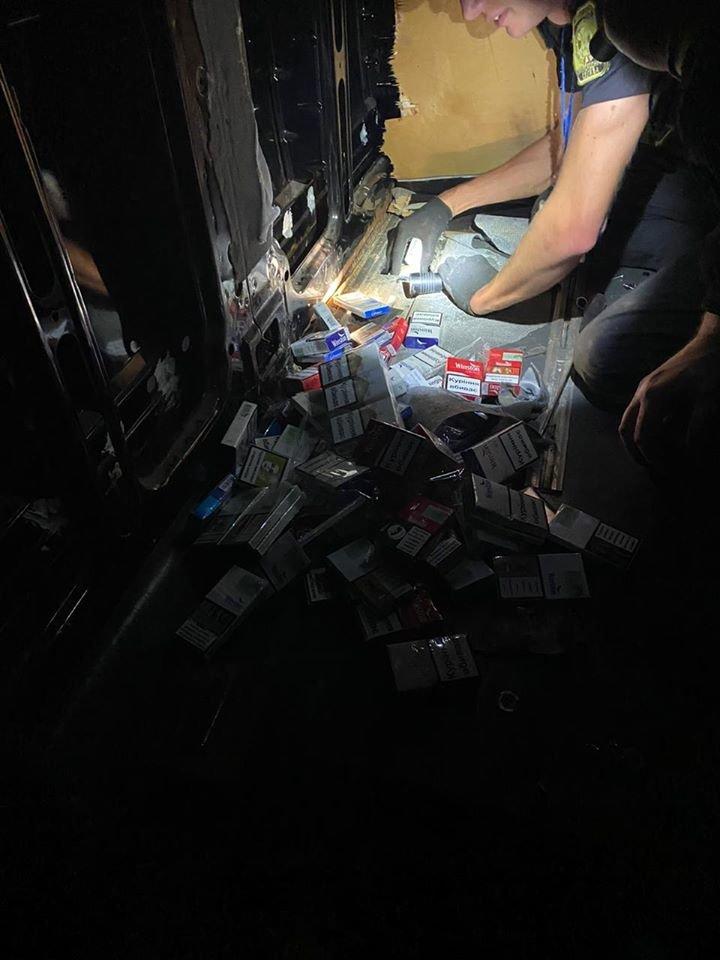 Позбувся авто через контрабанду: закарпатські митники залишили чоловіка без авто (ФОТО), фото-5