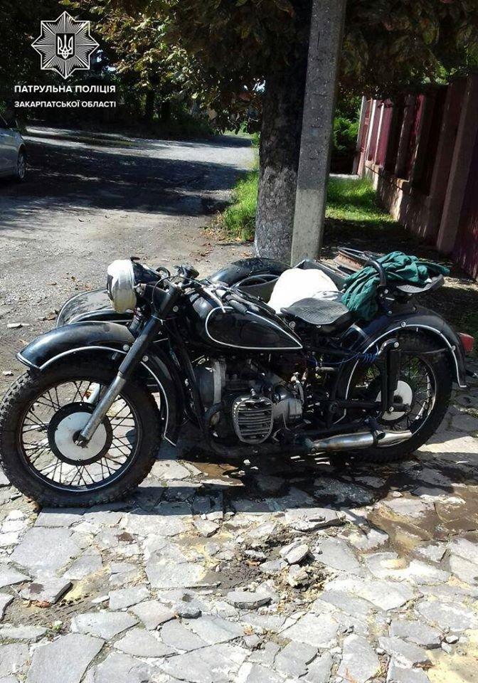 Викрали та встигли збути: в Ужгороді розшукали крадіїв раритетного мотоцикла (ФОТО), фото-3