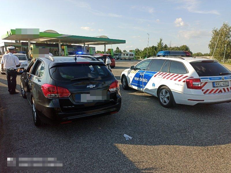 Закарпатця арештували в Угорщині за перевезення нелегалів (ФОТО), фото-1